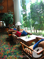 Lounge Bar : Montien Riverside Hotel, Swiming Pool, Phuket