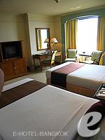 バンコク チャオプラヤー川周辺のホテル : モンティエン リバーサイド ホテル(Montien Riverside Hotel)のデラックスルームの設備 Bedroom
