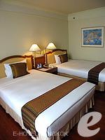 バンコク チャオプラヤー川周辺のホテル : モンティエン リバーサイド ホテル(Montien Riverside Hotel)のクラブ Cルームの設備 Bedroom