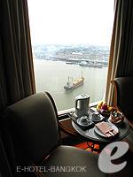 バンコク チャオプラヤー川周辺のホテル : モンティエン リバーサイド ホテル(Montien Riverside Hotel)のクラブ Cルームの設備 Dining Area