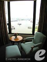 バンコク チャオプラヤー川周辺のホテル : モンティエン リバーサイド ホテル(Montien Riverside Hotel)のエグゼクティブ スイートルームの設備 Relax Area