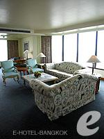 バンコク チャオプラヤー川周辺のホテル : モンティエン リバーサイド ホテル(Montien Riverside Hotel)のエグゼクティブ スイートルームの設備 Living Area