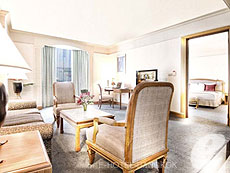 バンコク チャオプラヤー川周辺のホテル : モンティエン リバーサイド ホテル(Montien Riverside Hotel)のお部屋「ファミリー スイート」