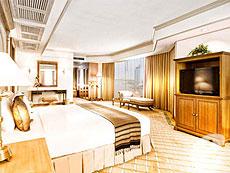 バンコク チャオプラヤー川周辺のホテル : モンティエン リバーサイド ホテル(Montien Riverside Hotel)のお部屋「クイーン スイート」