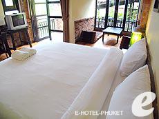 プーケット カオラックのホテル : モーティブ コテージ リゾート(1)のお部屋「デラックスルーム」