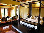 プーケット カオラックのホテル : ムクダラ ビーチ リゾート(Mukdara Beach Villa & Spa Resort)のデラックス ジャグジーヴィラルームの設備 Bed Room