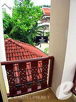 プーケット ロングステイのホテル : ナナイ ヴィラ(Nanai Villa)のスタンダードルームの設備 Balcony