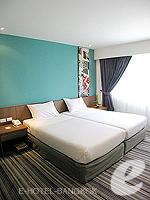バンコク シーロム・サトーン周辺のホテル : ナライ ホテル(Narai Hotel)のスーペリア(シングル)ルームの設備 Bedroom