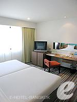 バンコク シーロム・サトーン周辺のホテル : ナライ ホテル(Narai Hotel)のスーペリア ルームルームの設備 Living Area