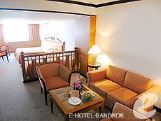 バンコク シーロム・サトーン周辺のホテル : ナライ ホテル(Narai Hotel)のお部屋「タイ スイート ルーム」