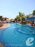 パタヤ 2ベッドルームのホテル : ナチュラル パーク リゾート 「Kids Pool」