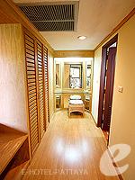 パタヤ ジョムティエンビーチのホテル : ナチュラル パーク リゾート(Natural Park Resort)のジュニア スイート ルームルームの設備 Passage