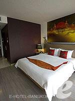 バンコク 王宮・カオサン周辺のホテル : ナバライ リバー リゾート(Navalai River Resort)のセリーヌ コーナールームの設備 Bedroom