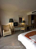 バンコク 王宮・カオサン周辺のホテル : ナバライ リバー リゾート(Navalai River Resort)のセリーヌ コーナールームの設備 Room Facilities
