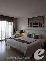バンコク 王宮・カオサン周辺のホテル : ナバライ リバー リゾート(Navalai River Resort)のリバー ブリーズルームの設備 Bedroom