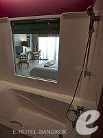 バンコク 王宮・カオサン周辺のホテル : ナバライ リバー リゾート(Navalai River Resort)のリバー ブリーズルームの設備 Bathroom