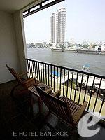 バンコク 王宮・カオサン周辺のホテル : ナバライ リバー リゾート(Navalai River Resort)のリバー ブリーズルームの設備 Balcony