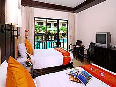 プーケット パトンビーチのホテル : ニパ リゾート(1)のお部屋「グランド デラックス プール ビュー」