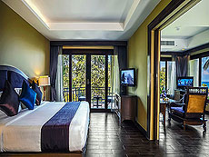 Beach Front Pool Villa Suite : Nora Beach Resort & Spa, Pool Villa, Samui