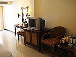 サムイ島 チャウエンビーチのホテル : ノラ レイクビュー ホテル(Nora Lakeview Hotel)のスーペリアルームの設備 TV