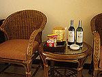 サムイ島 チャウエンビーチのホテル : ノラ レイクビュー ホテル(Nora Lakeview Hotel)のスーペリアルームの設備 Table