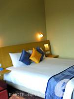 バンコク サイアム・プラトゥーナムのホテル : ノボテル バンコク オン サイアムスクエア(Novotel Bangkok On Siam Square)のデラックスルームの設備 Bedroom
