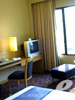 バンコク サイアム・プラトゥーナムのホテル : ノボテル バンコク オン サイアムスクエア(Novotel Bangkok On Siam Square)のデラックスルームの設備 Room Facilities