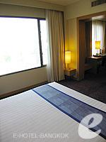 バンコク サイアム・プラトゥーナムのホテル : ノボテル バンコク オン サイアムスクエア(Novotel Bangkok On Siam Square)のスイートルームの設備 Bedroom