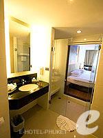 プーケット スパ併設のホテル : ノボテル プーケット ビンテージ パークリゾート(Novotel Phuket Vintage Park)のスーペリアルームの設備 Room