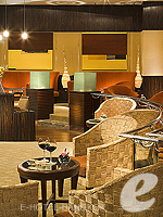 バンコク スワンナプーム空港周辺のホテル : ノボテル スワンナプーム エアポート ホテル 「[Sala Thai]」
