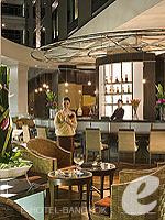 バンコク スワンナプーム空港周辺のホテル : ノボテル スワンナプーム エアポート ホテル 「Lobby Lounge」