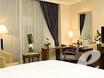 バンコク スワンナプーム空港周辺のホテル : ノボテル スワンナプーム エアポート ホテル(Novotel Bangkok Suvarnabhumi Airport)のエグゼクティブ スイート ウィズ ブレックファーストルームの設備 Bedroom