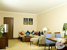 バンコク スワンナプーム空港周辺のホテル : ノボテル スワンナプーム エアポート ホテル(Novotel Bangkok Suvarnabhumi Airport)のお部屋「エグゼクティブ スイート ウィズ ブレックファースト」