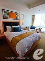 バンコク スクンビットのホテル : オークウッド レジデンス スクンビット24 バンコク(Oakwood Residence Skumvit 24 Bangkok)のスタジオ エグジクティブ (ルームオンリー)ルームの設備 Bedroom