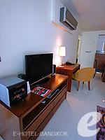 バンコク スクンビットのホテル : オークウッド レジデンス スクンビット24 バンコク(Oakwood Residence Skumvit 24 Bangkok)の2ベッドルーム (ルームオンリー)ルームの設備 AV Facilities