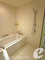 バンコク スクンビットのホテル : オークウッド レジデンス スクンビット24 バンコク(Oakwood Residence Skumvit 24 Bangkok)の1ベッドルーム(ウィズABF)ルームの設備 Bath Room