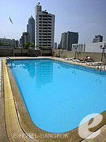 Swimming Pool / Omni Tower Sukhumvit Nana by Compass Hospitality,