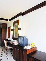 プーケット フィットネスありのホテル : オーキダシア リゾート(Orchidacea Resort)のスーペリアルームの設備 Television
