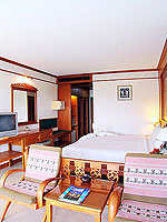 プーケット カタビーチのホテル : オーキダシア リゾート(Orchidacea Resort)のデラックス シービュー ルームの設備 Bedroom