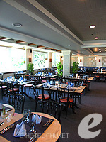 Restaurant : Outrigger Laguna Phuket Beach Resort, with Spa, Phuket
