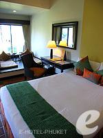 プーケット ビーチフロントのホテル : アウトリガー ラグーナ プーケット リゾート(Outrigger Laguna Phuket Beach Resort)のデラックス ラグーンルームの設備 Bedroom