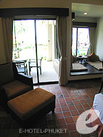 プーケット スパ併設のホテル : アウトリガー ラグーナ プーケット リゾート(Outrigger Laguna Phuket Beach Resort)のデラックス ラグーンルームの設備 Room View