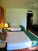 プーケット バンタオビーチのホテル : アウトリガー ラグーナ プーケット リゾート(Outrigger Laguna Phuket Beach Resort)のデラックス シービュールームの設備 Room View