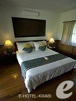 クラビ キャンペーンのホテル : ピピ アイランド ヴィレッジ ビーチリゾート(Phi Phi Island Village Beach Resort)のスーペリア バンガロウルームの設備 Room View