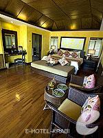 クラビ キャンペーンのホテル : ピピ アイランド ヴィレッジ ビーチリゾート(Phi Phi Island Village Beach Resort)のビーチフロント ジュニア スイートルームの設備 Room View