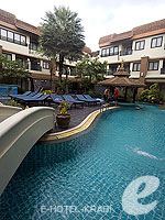 Swimming Pool / P. P. Palm Tree Resort, เกาะพีพี