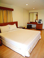 パタヤ シラチャーのホテル : パシフィック パーク ホテル & レジデンス(Pacific Park Hotel & Residence)のスタンダード(ホテルウィング)ルームの設備 Bedroom