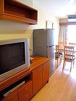 パタヤ シラチャーのホテル : パシフィック パーク ホテル & レジデンス(Pacific Park Hotel & Residence)のエグゼクティブ スーペリア(ホテル ウィング)ルームの設備 TV