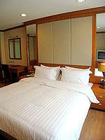 パタヤ シラチャーのホテル : パシフィック パーク ホテル & レジデンス(Pacific Park Hotel & Residence)のスイート (ホテルウィング)ルームの設備 Bedroom