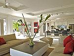 サムイ島 チョンモーンビーチのホテル : パノラマ スミット(Panorama Summit)の4ベッドルームルームの設備 Living Room